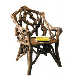 Sessel aus Waldwurzeln