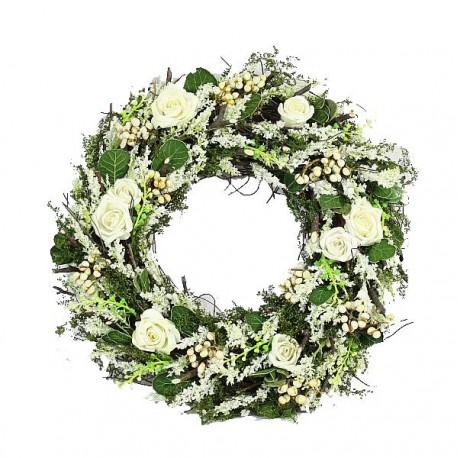 Ghirlanda con rose bianche e fiori in legno