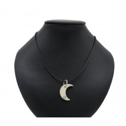 Necklace with moon in wood