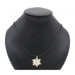 Necklace with Edelweiss in wood