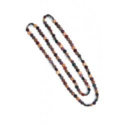 Collana scolpita con una lunga fila di pastiglie in legno