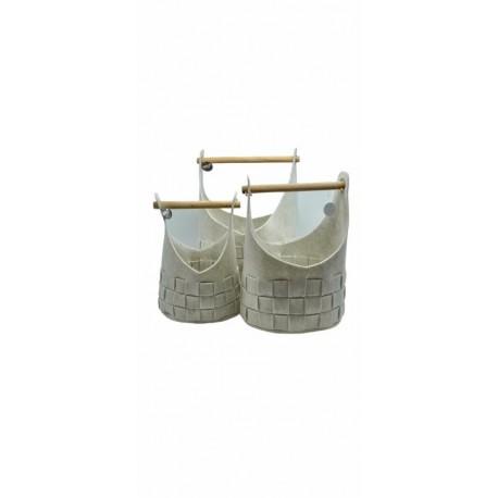 Set tre cesti in feltro bianchi con manico in legno