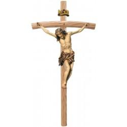 Corpo di Cristo moderno scolpito con forza e spiritualità su croce