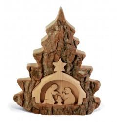 Presepio a forma di alberello intagliato nel legno di pino con corteccia
