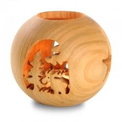 Lanterne a sfera realizzate con tecnologie di tornitura e fresatura, scultura intagliata in legno