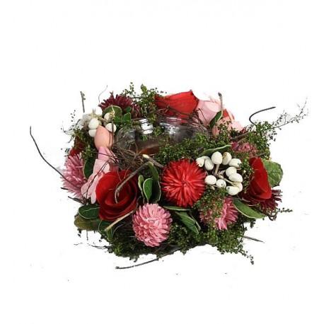 Porta candela con fiori essiccati e scolpiti in legno