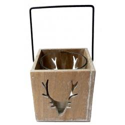 Porta candela con testa di cervo intagliata