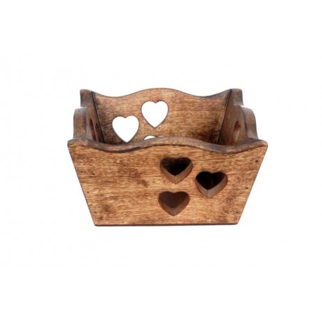 Ciotola scolpita in legno con cuori intagliati