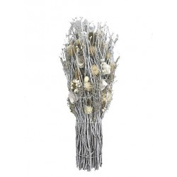 Dried Flowers in wood