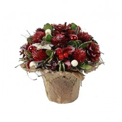 Table Decoration with Berries