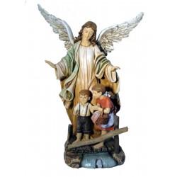Angelo custode realizzato in pasta di legno