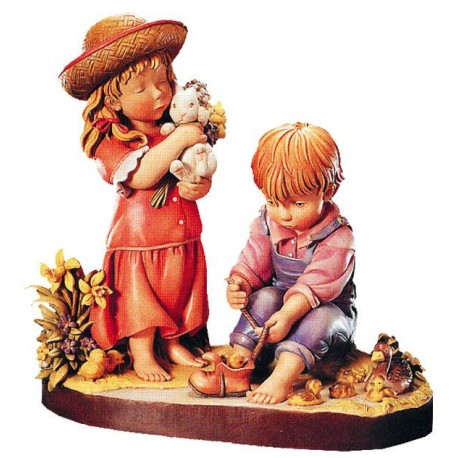 Wood Figure Brother and Sister