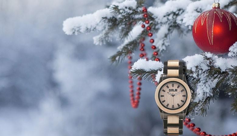 DOLFI Armbanduhren aus Holz